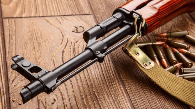 Los terroristas de ISIS que atacaron París usaron fusiles kalashnikov
