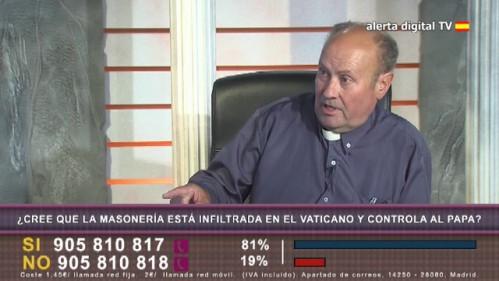 El Padre Jesús Calvo, durante su presencia en directo en 'La Ratonera'