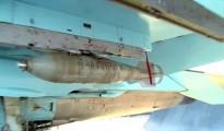 """""""Por París"""", escrito en bombas rusas"""