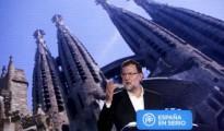 El presidente del Gobierno y del Partido Popular, Mariano Rajoy, durante su intervención en el acto de presentación de candidatos del PP a las generales del 20 de diciembre celebrado hoy en Barcelona
