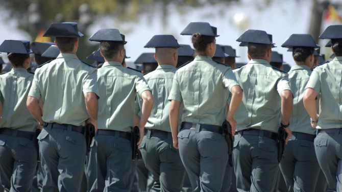 El Tribunal Supremo sentencia que se puede entrar en la Guardia Civil con causas penales pendientes
