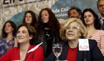 Colau y Carmena quieren una Navidad laica en Barcelona y Madrid.