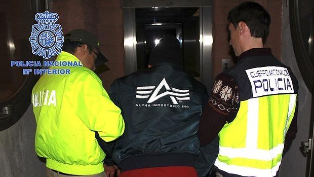 La Policía Nacional ha facilitado las fotografías de la detención de Héctor Albeidis Arboleda Buitrago