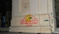 Pintada 'guerracivilista' en la fachada de una iglesia