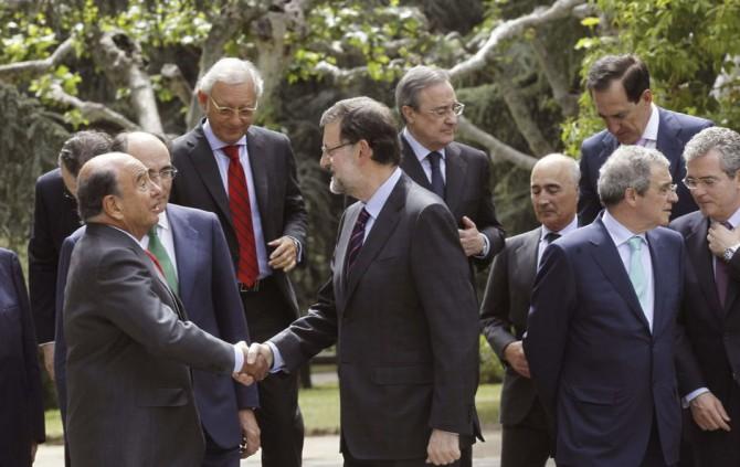 Rajoy almuerza con los grandes empresarios para hablar de la recuperación.