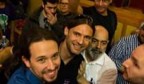 Autofoto colgada por Galindo (centro), con Iglesias, en Lanzarote - Facebook