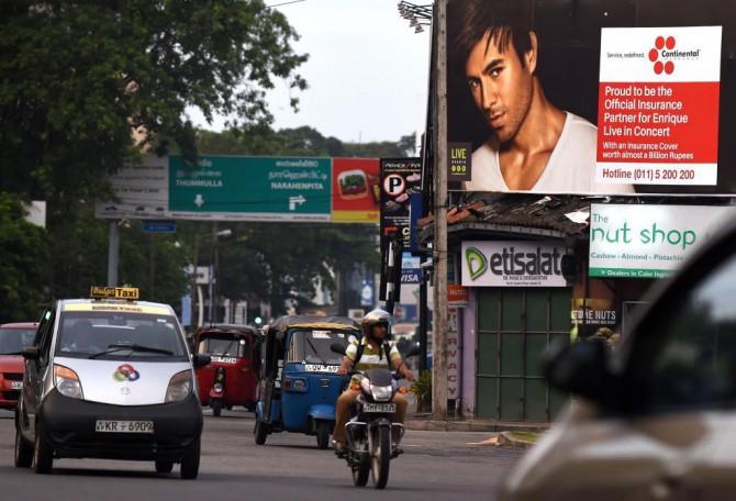 Cartel del concierto de Enrique Iglesias en Sri Lanka.
