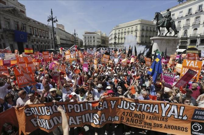 Manifestación en Madrid de afectados de Fórum y Afinsa.