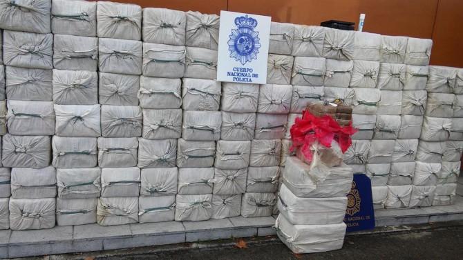 Tres toneladas de cocaína incautadas por la Policía