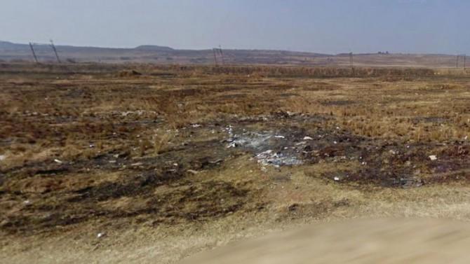 En este descampado hallaron los restos de la joven mutilada