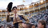 López Simón, candidato por partida doble, en la segunda de sus tres Puertas Grandes consecutivas en Las Ventas