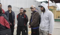 Algunos de los quince sirios que residen en el Centro de Estancia Temporal de Inmigrantes (CETI) de Melilla.