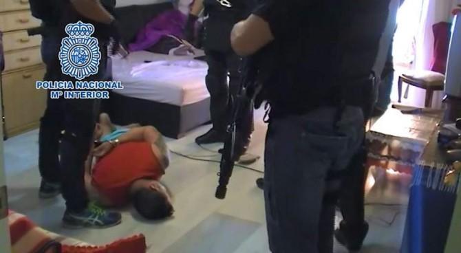 Imagen de archivo de la detención de uno de los miembros de una banda que explotaba sexualmente a mujeres rumanas