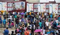 """Aquellos venezolanos """"afortunados"""" que pueden comprar alimentos y/o medicinas deben realizar filas interminables en los supermercados"""