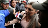 Gabriela Zapata Montano, expareja del presidente boliviano, Evo Morales, es detenida por sospechas de corrupción en La Paz el 26 de febrero de 2016