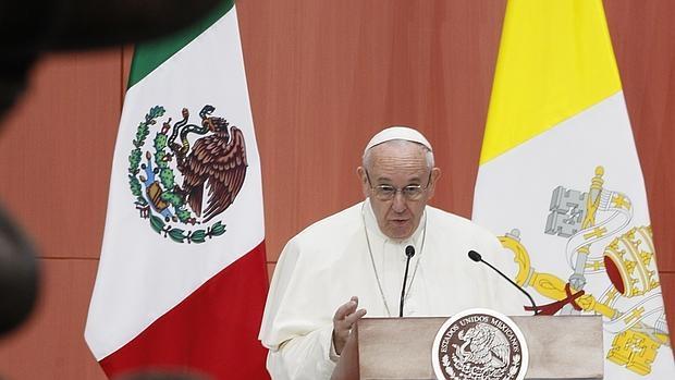 El Papa durante su discurso de bienvenida en el Palacio Nacional de México