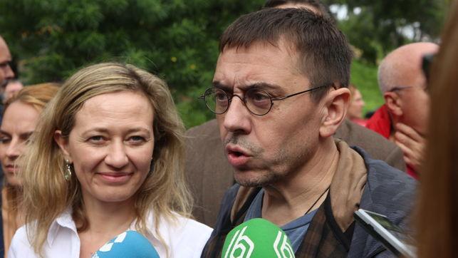 Victoria Rosell, junto a Juan Carlos Monedero.