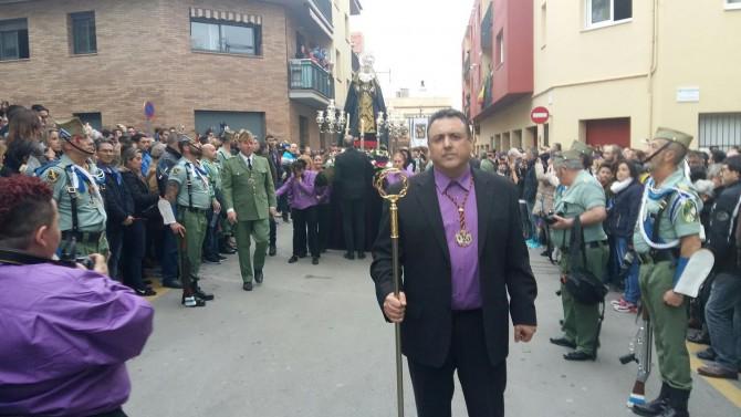 Óscar Bermán, al frente de la procesión
