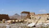 Vista general de Palmira tras ser reconquistada por el Gobierno. Al fondo se ve la Ciudadela