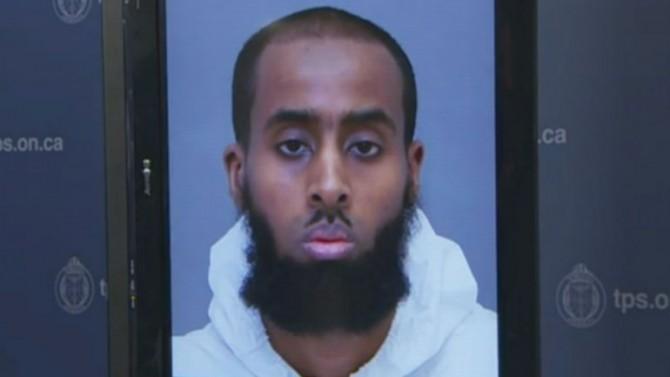 El atacante de Torono fue identificado como Ayanie Hassan Alí, de 27 años