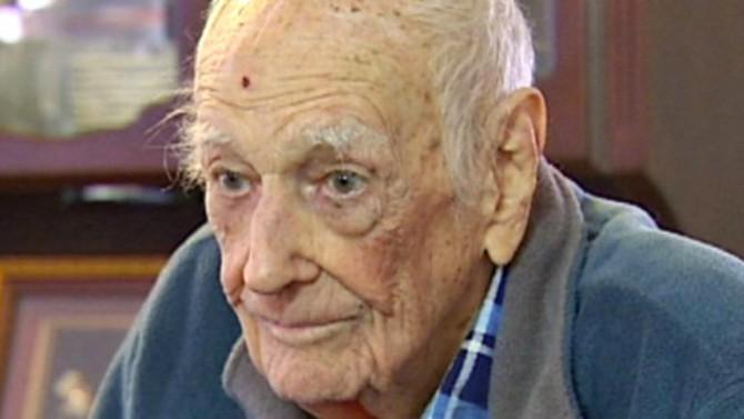 El presunto abuelo de los 1.300 hijos es en verdad un veterano de la Segunda Guerra Mundial, que apareció en una noticia de 2012 sobre un robo.
