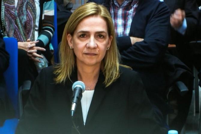 Imagen de la infanta Cristina a través del monitor de la sala de prensa de la Escuela Balear de la Administración Pública (EBAP), donde hoy continúa el juicio por el caso Nóos.