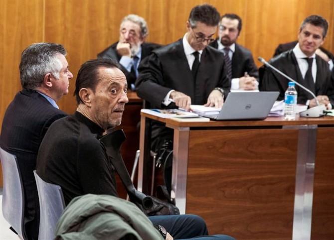 El exalcalde de Marbella Julián Muñoz (delante), y el cerebro de la trama del caso Malaya, Juan Antonio Roca (detras).