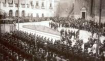 Milicias falangistas en la Plaza de San Juan (Badajoz) en 1936