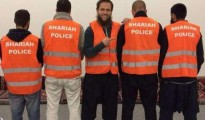 La policía islámica que patrulla en Alemania | Foto publicada en Bild y tomada de las redes sociales