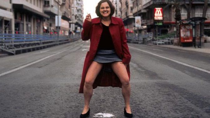 Una asesora de Ada Colau orinó en plena Gran Vía de Murcia