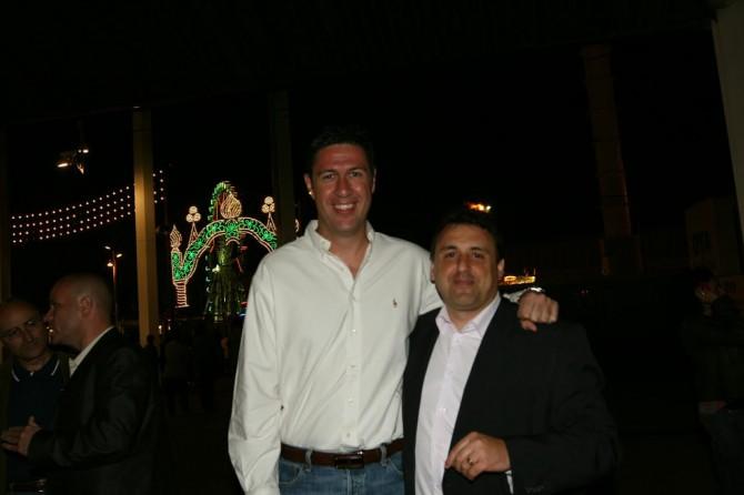 """Óscar Bermán (d) y Javier García Albiol, semanas antes de que el exalcalde de Badalona dijera """"desconocerle personalmente"""". Imagen enviada a AD por M., un dirigente del PP en Badalona."""