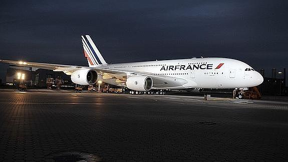 El avión de Air France iba a despegar ayer a las 21 horas.