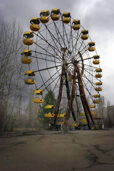 Esta es la vuelta al mundo de un parque de diversiones que nunca se llegó a inaugurar porque la explosión del reactor sucedió unos días antes. Ahora, es el emblema del desastre de Chernobyl.