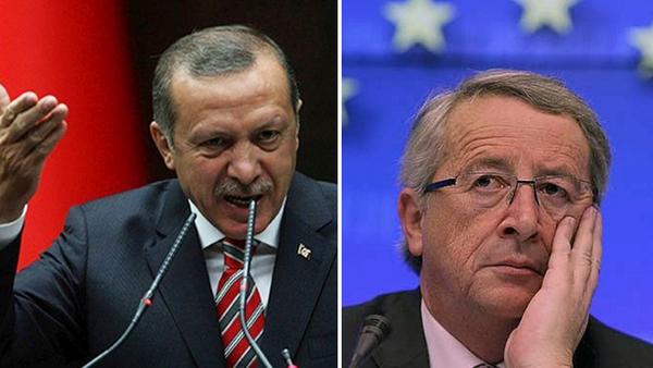 El presidente turco Recep Tayyip Erdogan (izquierda) se ha ufanado de chantajear a los líderes europeos, empezando por el presidente de la Comisión Europea, Jean-Claude Juncker (derecha).