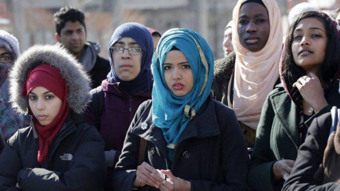 """Los jóvenes musulmanes también denuncian ataques en EEUU gracias al """"efecto Trump"""""""