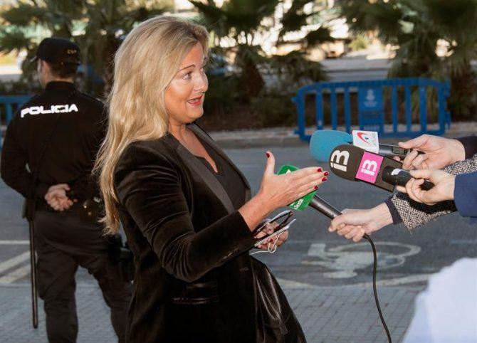 La abogada de Manos Limpias Virginia Lopez Negrete, atendía a los medios el pasado viernes.