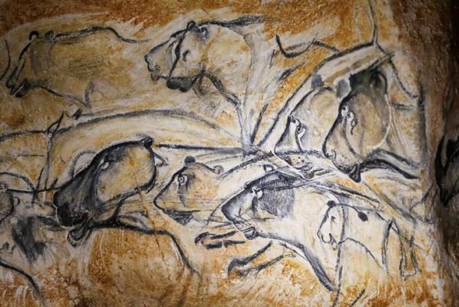 Réplica de las pinturas rupestres de la Cueva Chauvet-Pont d'Arc, en Francia.