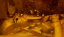 El sarcófago de Tutankamón en una imagen del 1 de abril de 2016 tomada en su cámara funeraria en el Valle de los Faraones cerca de Luxor, 500 km al sur de El Cairo