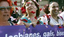 Ada Colau encabezando la marcha del Orgullo Gay en Barcelona.
