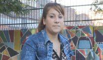 Fotografía tomada el pasado 9 de mayo en la que se registró a Alejandra Montiel, una joven indocumentada de 21 años que lleva cuatro intentando tramitar sus papeles de identificación, en Buenos Aires (Argentina).
