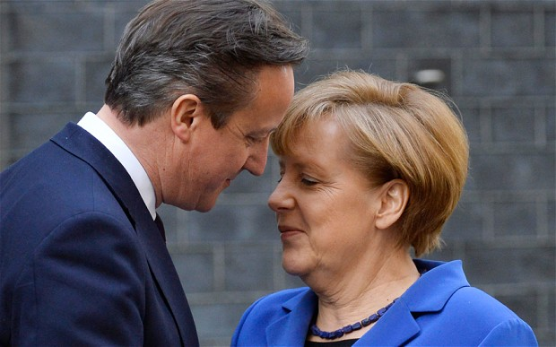 David Cameron y Angela Merkel.