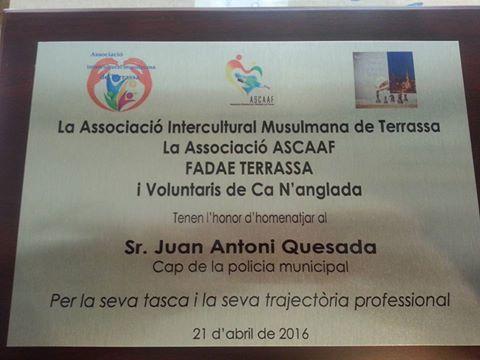 Placa a Juan Antonio Quesada Sánchez.
