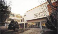 Imagen del instituto en cuyas inmediaciones se produjo la violación de la menor (Foto: revistadelmaresme.com)