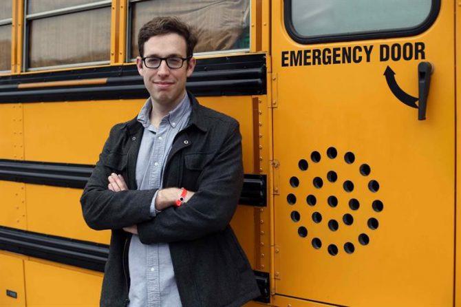"""El joven israelí, Koren Shadmi, neoyorquino de adopción y autor de la novela gráfica """"Adictos al amor. Confesiones de un follador en serie"""","""