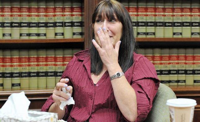 Debbie Stevens, despedida después de querer donarle su riñón a su jefa.