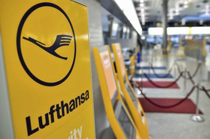 """En el escrito, la aerolínea lamenta """"profundamente"""" que por estas razones se vea """"obligada"""" a suspender su servicio de Caracas a la ciudad alemana de Fráncfort a partir del próximo 18 de junio."""