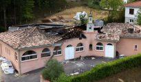 Así quedó la mezquita de Auch tras el incendio.