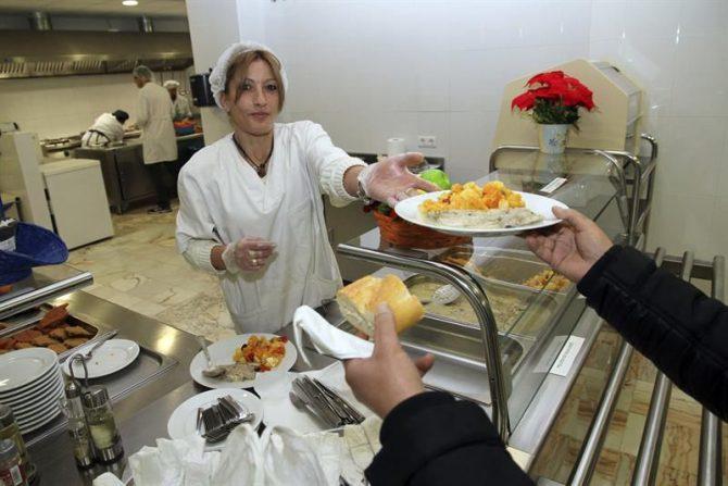 Crece el riesgo de la pobreza entre mujeres formadas, sobretodo tras la maternidad