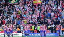 El Sporting celebra el gol de Jony.