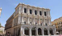 La fachada del Teatro Real de la Plaza de Oriente de Madrid.